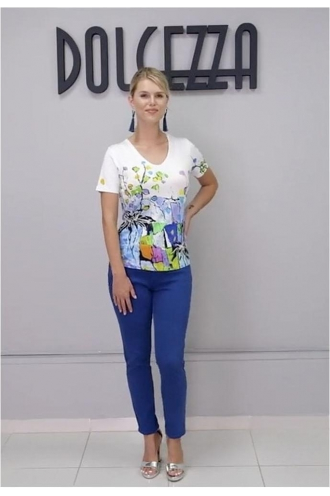 Dolcezza Graphic Floral Print V-neck Top - White - 21660
