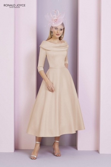 Bateau Sleeved Dress - 29333 Light Gold