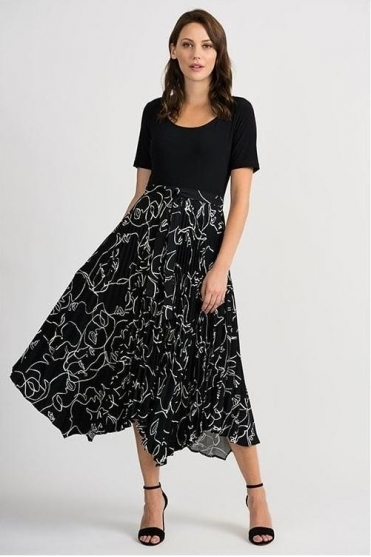 Abstract Print Pleated Dress - Black - 201107