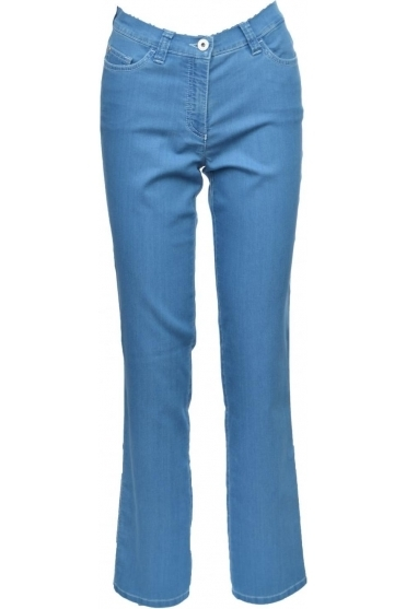 Magic Fit Straight Leg Jeans - 8739